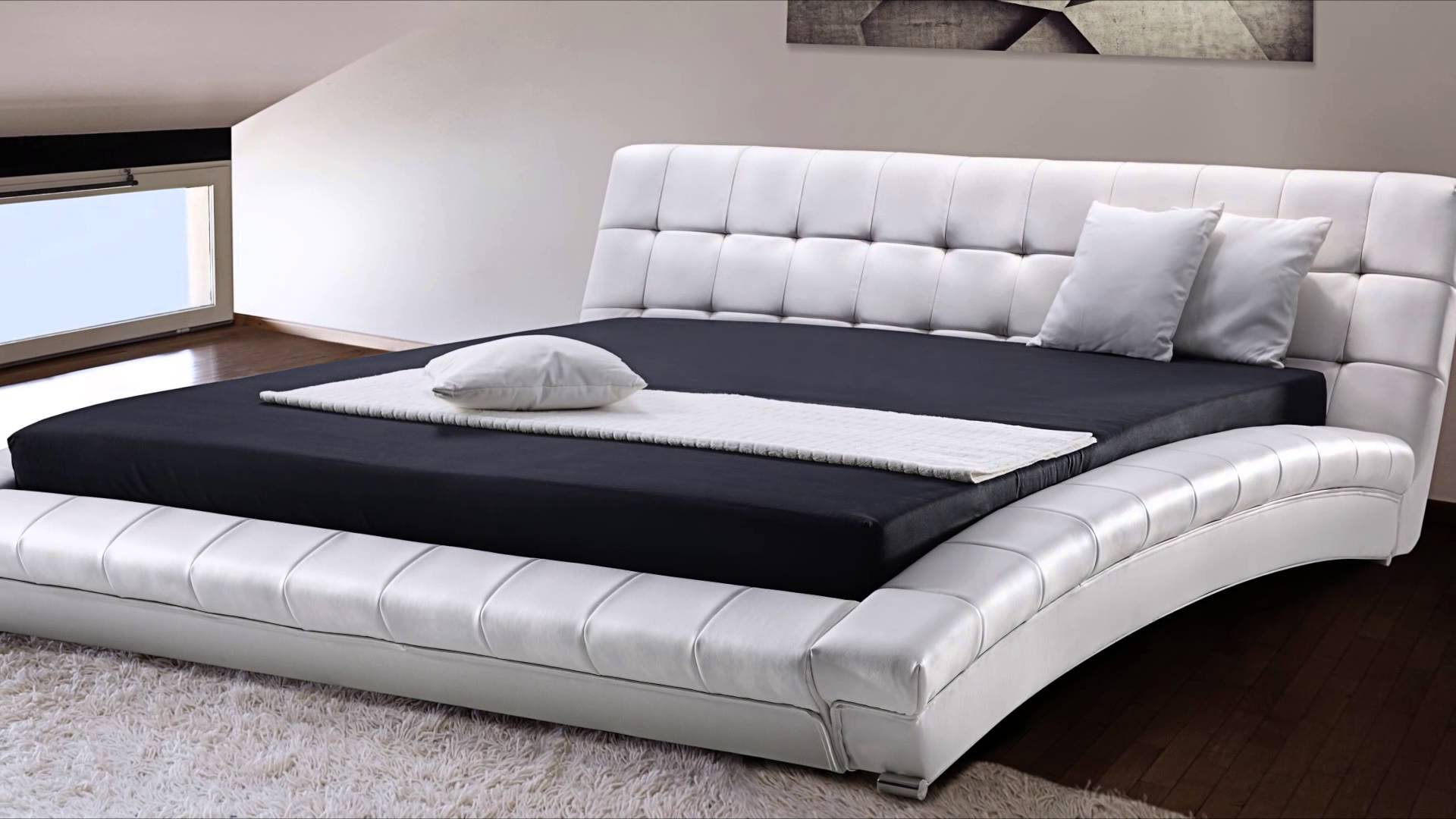 How big is a king size bed mattress Chambre a coucher lit king size