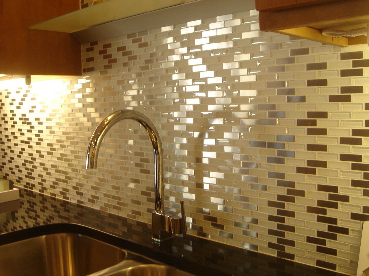 Kitchen wall tiles ideas with images - How to install ceramic tile on wall ...