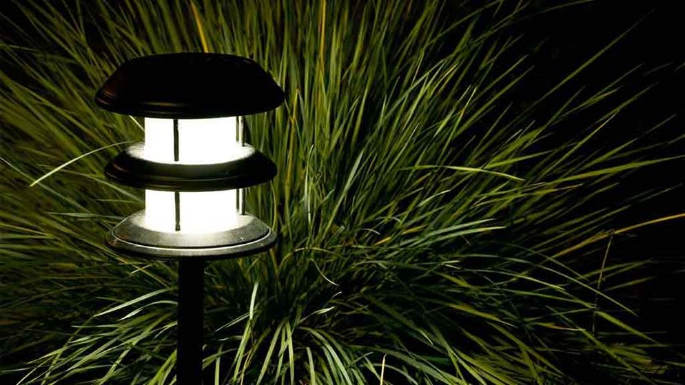 Best solar lights for garden ideas uk for Garden lights