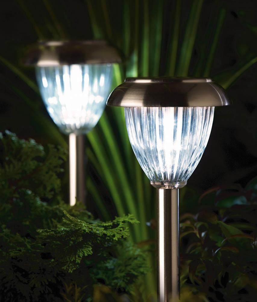 luxform solar garden lights