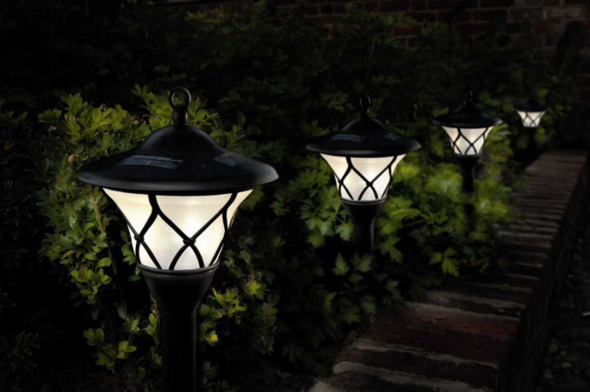 Outdoor Solar Sensor Lights