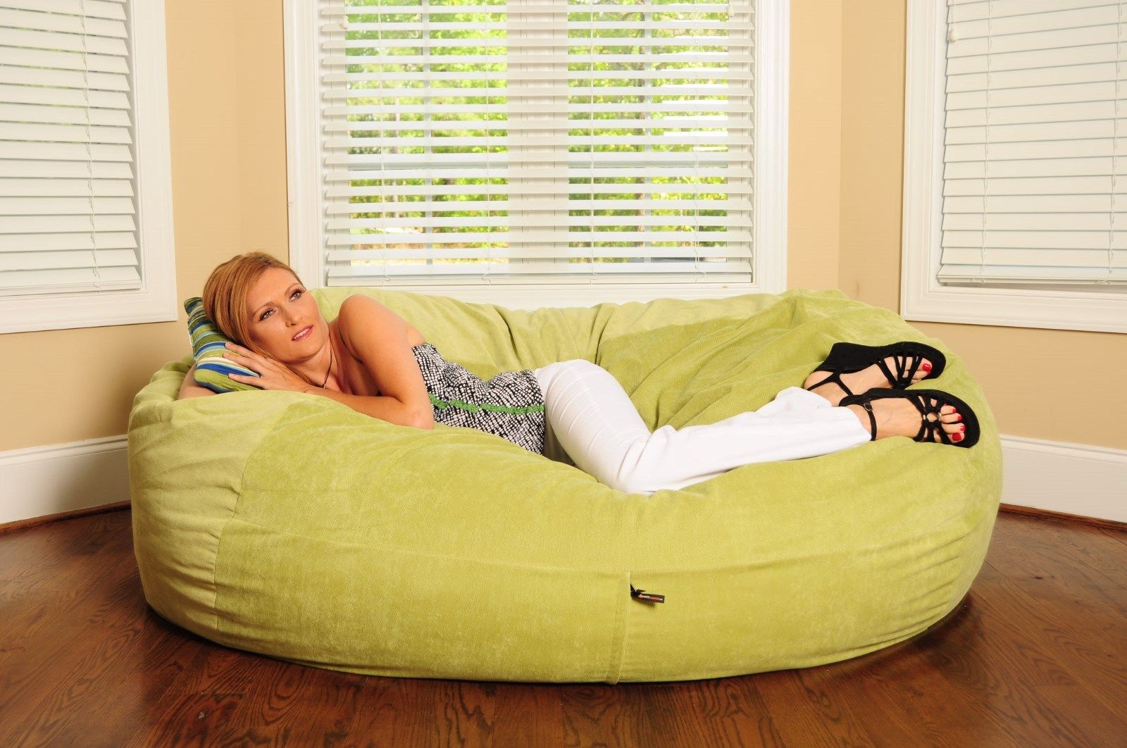 Best Bean Bag Chairs for Adults Ideas with Images : bean bag chairs for adults shapes from homedecorideas.uk size 1600 x 1062 jpeg 223kB