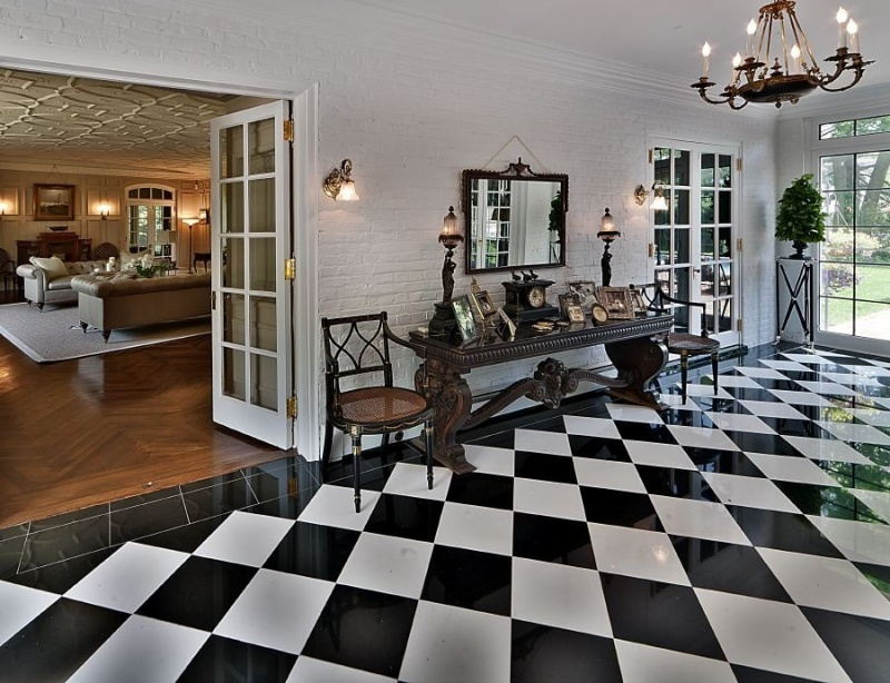 Black and white vinyl tile flooring