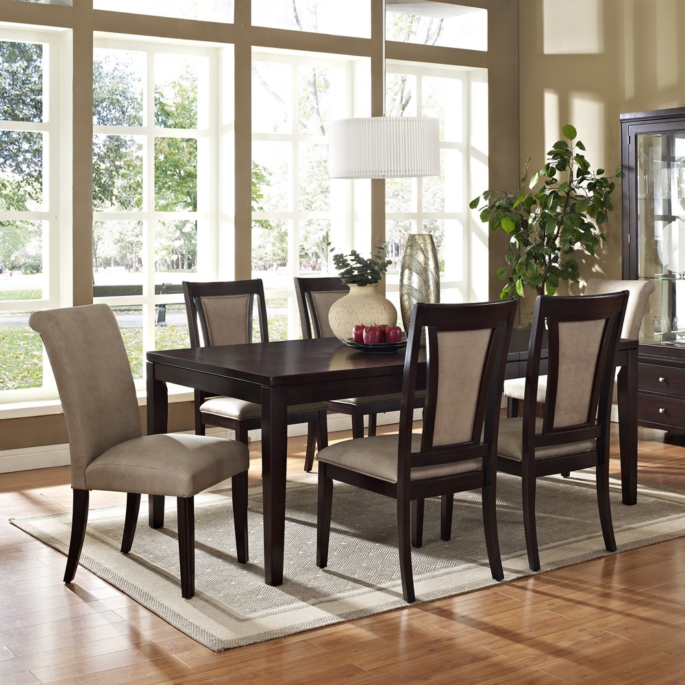 Dining room table and chairs ideas with images for Reasonable dining room sets