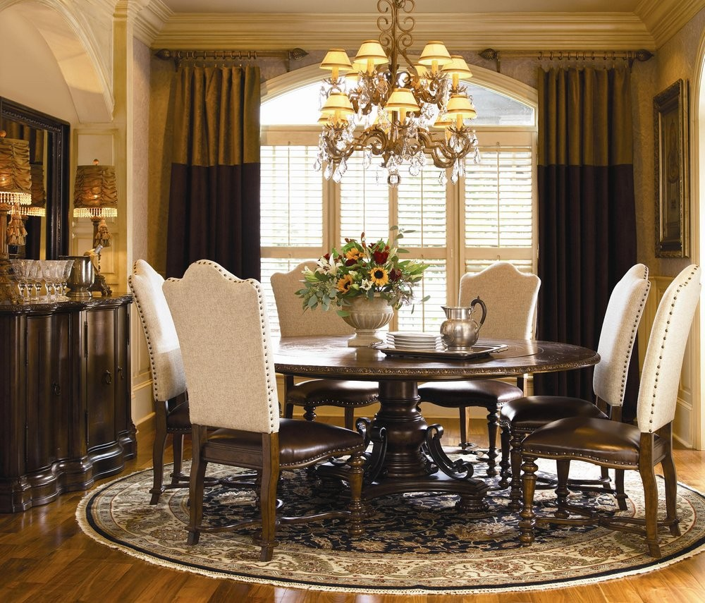 Dining room table and chairs ideas with images for Dining room seating ideas