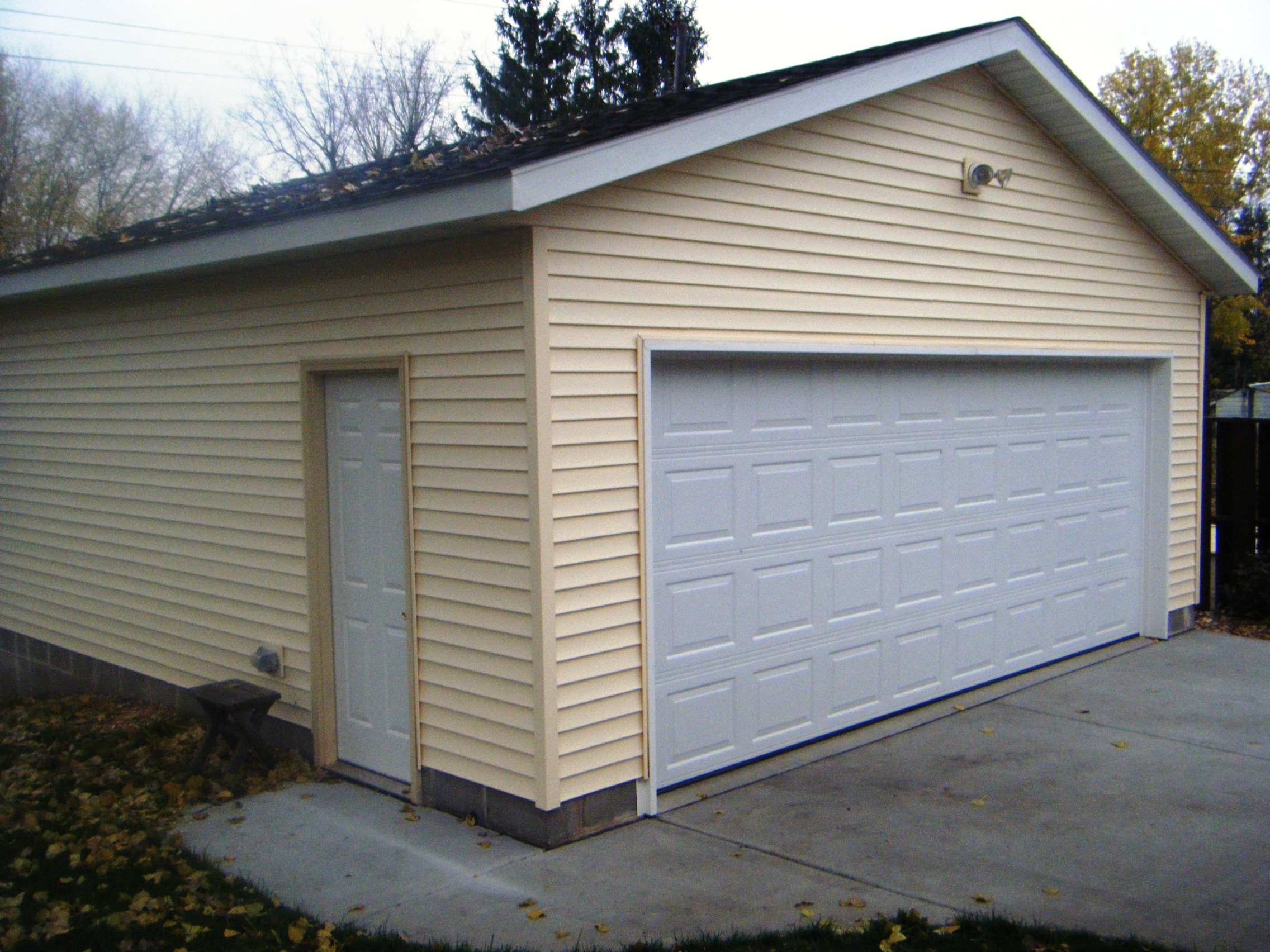 How much to build a garage on side of the house uk - Building a new home ideas ...
