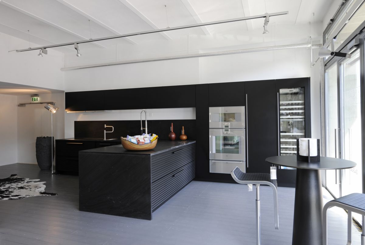 kitchen cabinet showroom
