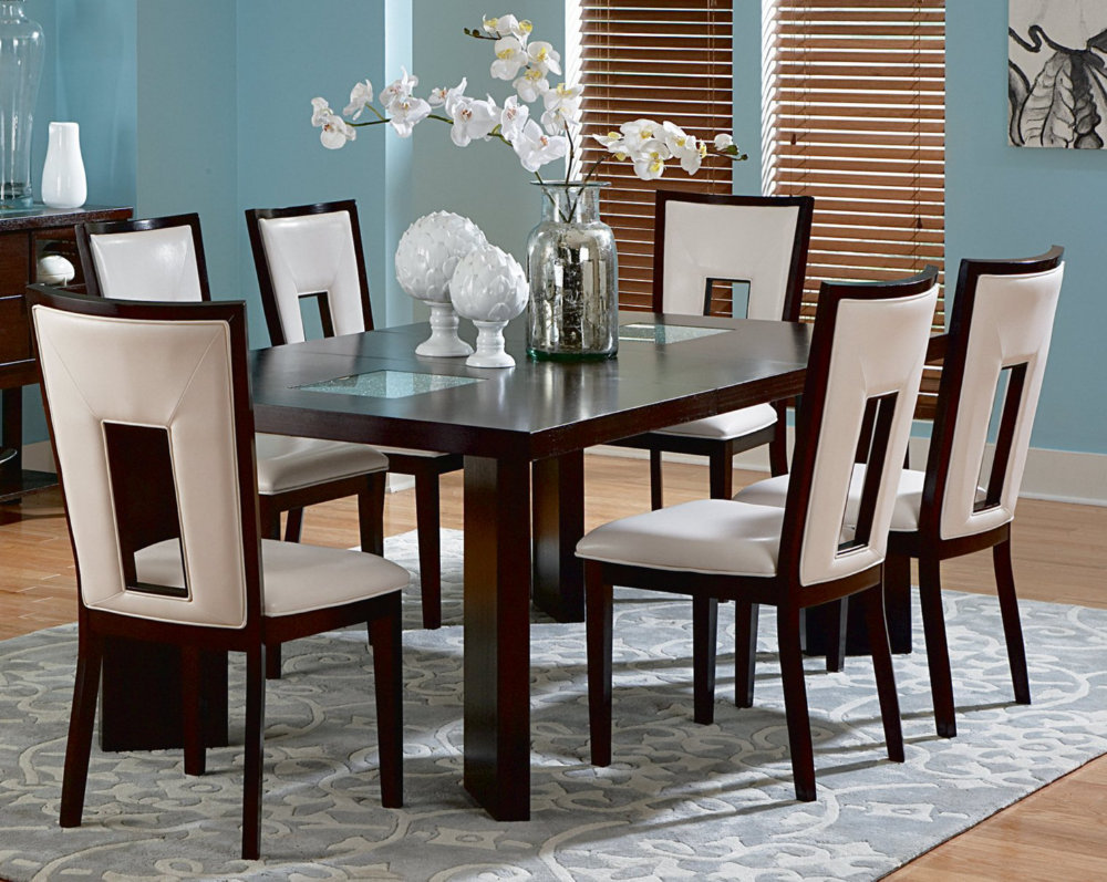 Dining room table and