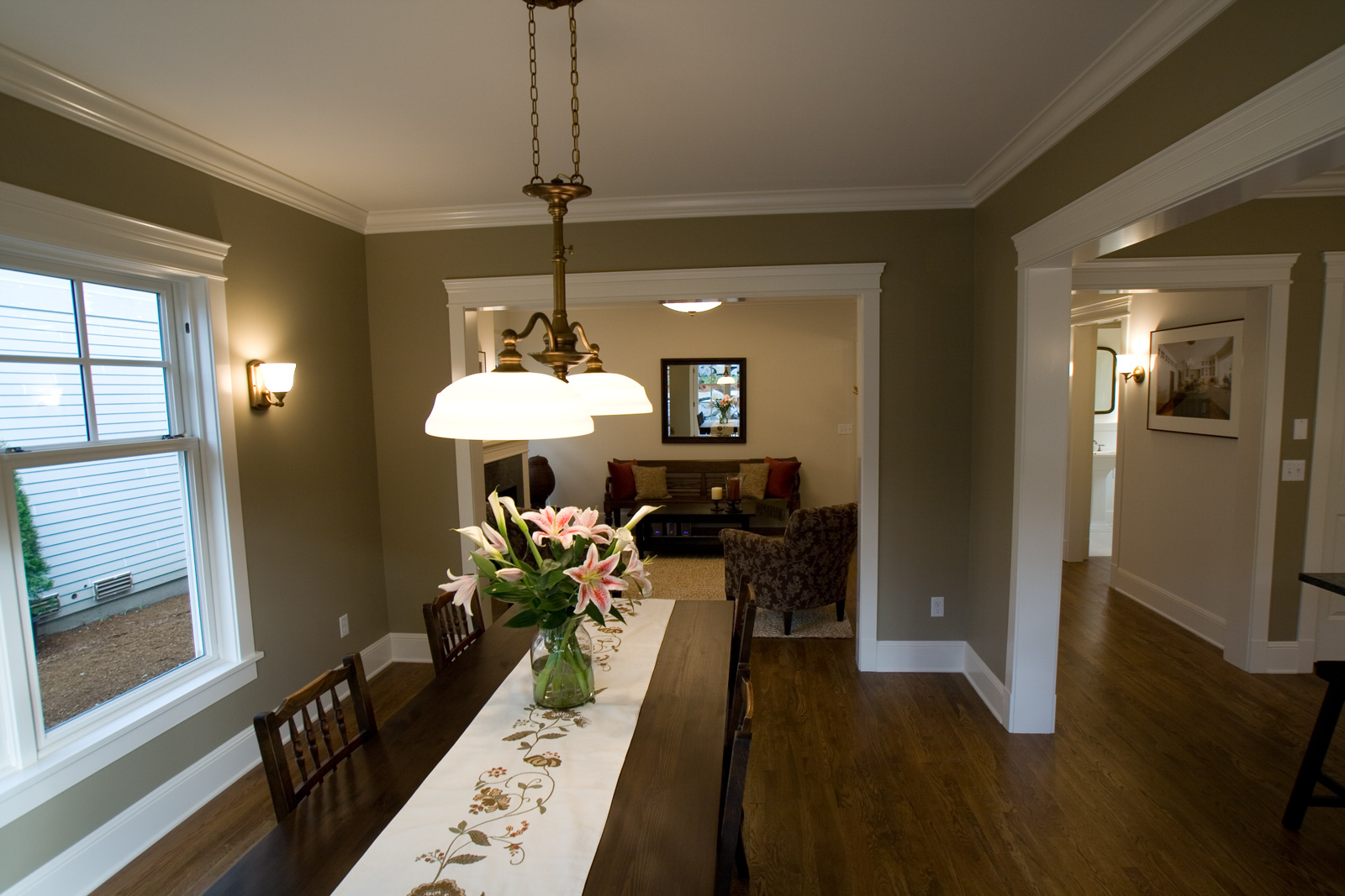 paint colors for living room with dark brown furniture