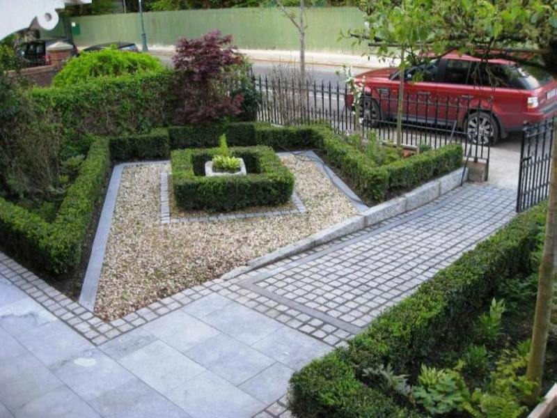 Top 30 front garden ideas with parking home decor ideas uk for Small front garden designs uk