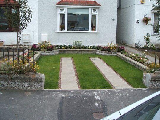 Top 30 front garden ideas with parking home decor ideas uk for Best front garden ideas