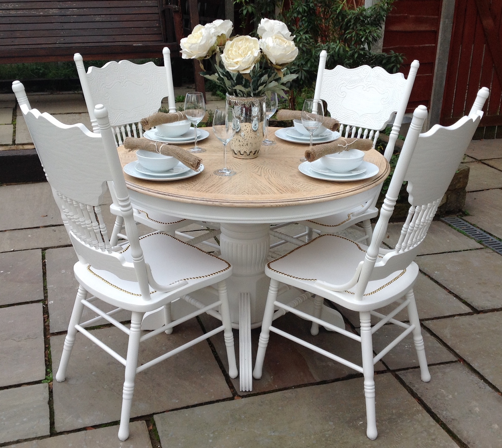 top 50 shabby chic round dining table and chairs home decor ideas uk. Black Bedroom Furniture Sets. Home Design Ideas