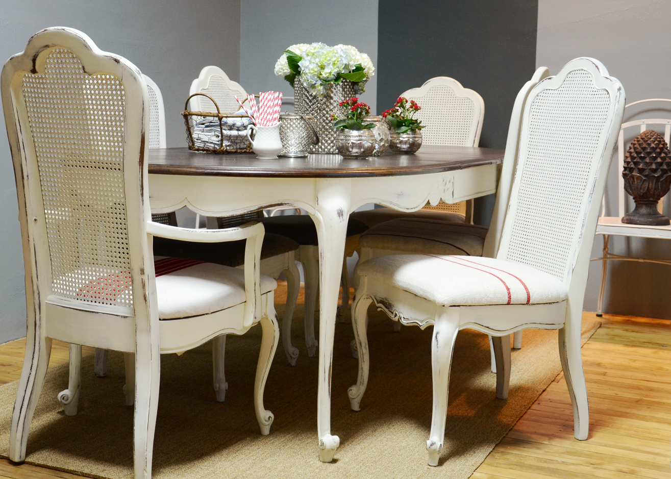 white gloss round dining table and chairs