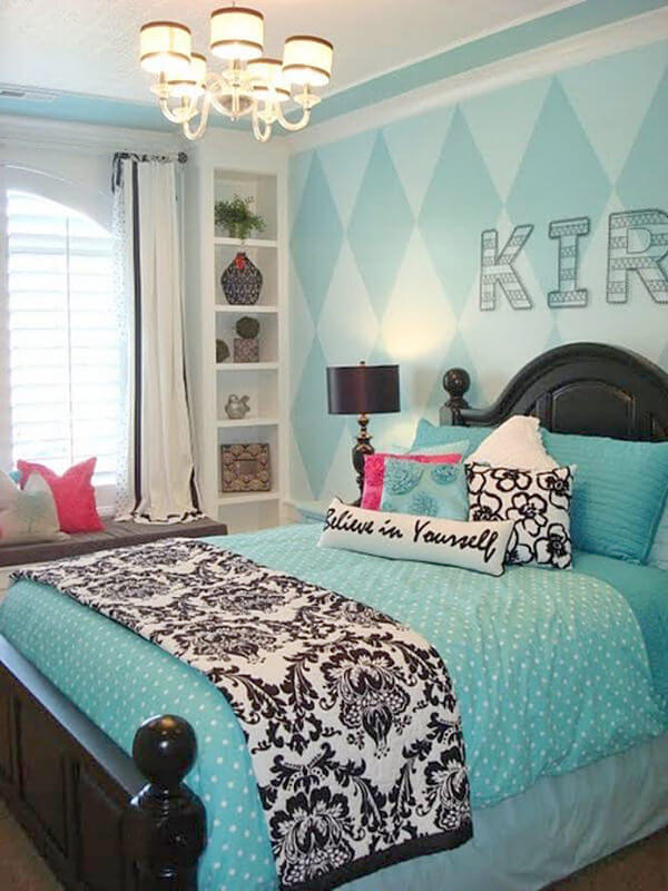 Cheap Ways To Decorate A Girl's Bedroom