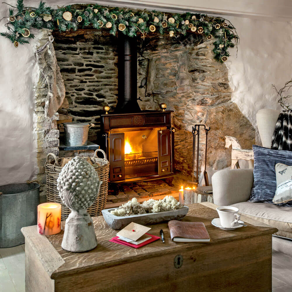 christmas garlands for fireplaces