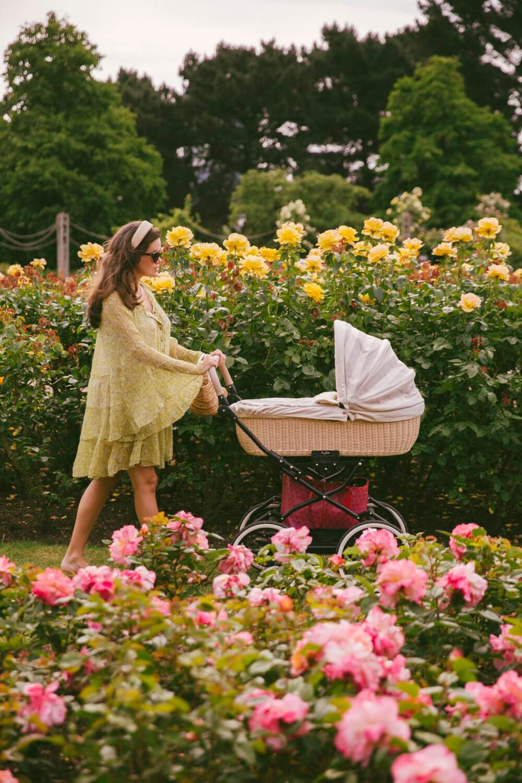 queens-rose-garden-18